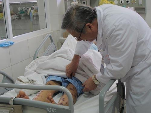 Bệnh nhân não mô cầu đầu tiên tại miền Bắc. Ảnh: N.Dung