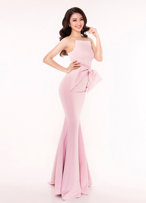 Vẻ đẹp nóng bỏng của hoa hậu bản sắc Việt