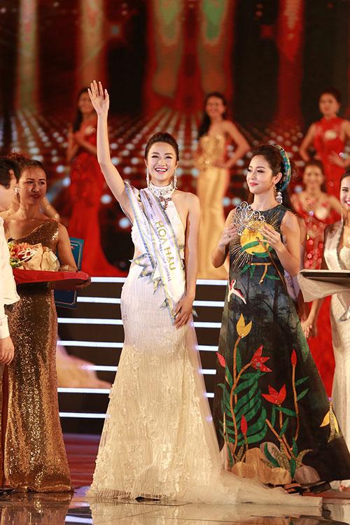 Cô gái Hải Phòng đăng quang ngôi Hoa hậu