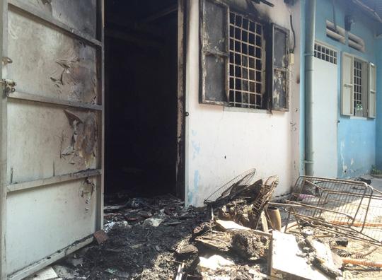 Căn phòng trọ nơi xảy ra vụ hỏa hoạn khiến đôi nam nữ bị bỏng nặng