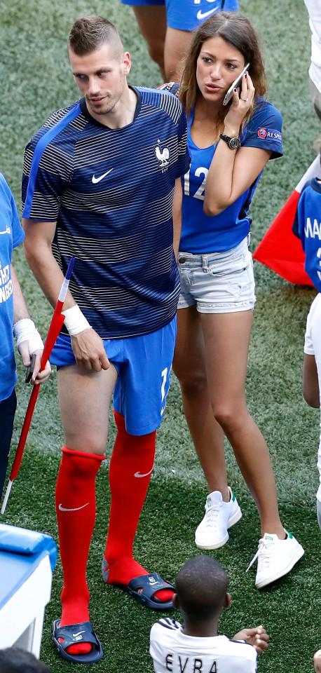 Người đẹp Camille Sold và tiền vệ Pháp đang khoác áo M.U Morgan Schneiderlin