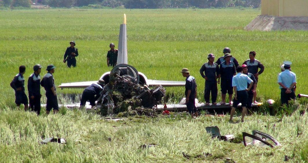 Hiện trường vụ máy bay L39 rơi - Ảnh: CCP