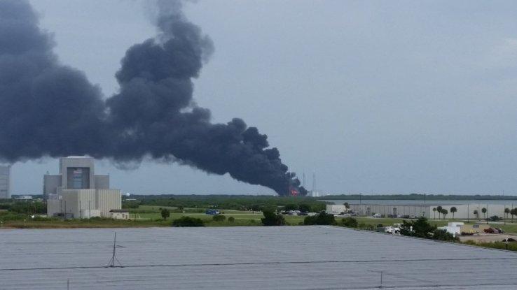 Tên lửa và bệ phóng đều bị phá hủy trong vụ nổ ngày 1-9. Ảnh: TECHCRUNCH