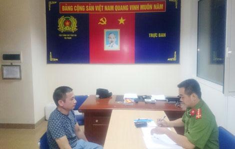 Đối tượng truy nã Nguyễn Phi Nam khai báo tại cơ quan Công an