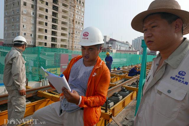 Theo kế hoạch đã đề ra, đến cuối năm nay công việc rải ray sẽ hoàn thành, để từ đó hoàn thiện các hạng mục tiếp theo