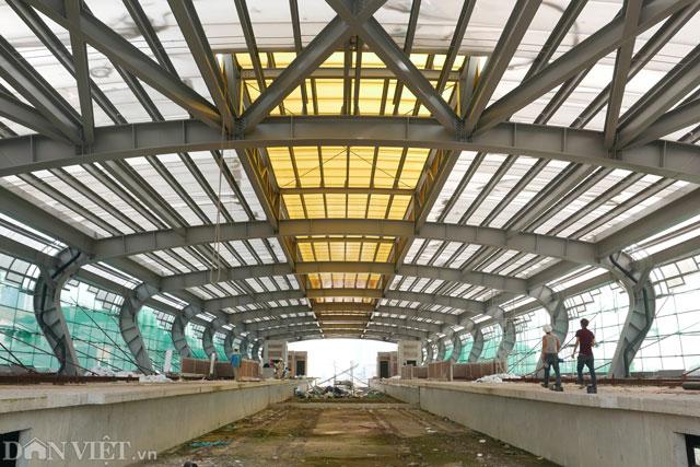 Khu vực nhà ga đang dần được hoàn thiện