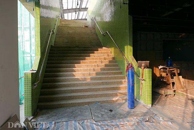 Đặc thù của mỗi nhà ga trong tuyến đường sắt Cát Linh - Hà Đông là có một màu riêng biệt, phù hợp với cảnh quan xung quanh khu vực nhà ga