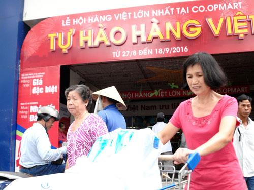 """Chương trình """"Tự hào hàng Việt"""" của Co.opmart được người tiêu dùng ủng hộ mạnh mẽ"""