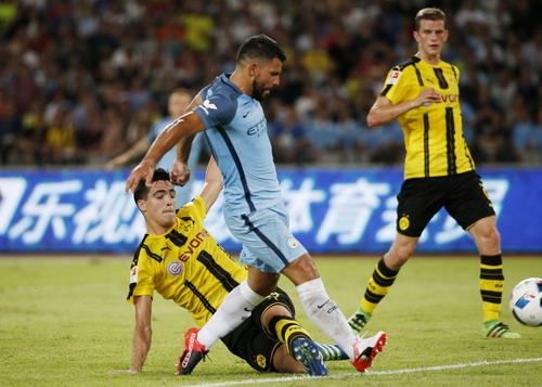 Sergio Aguero ghi bàn đầu tiên dưới thời Pep Guardiola