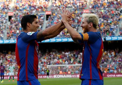 Hàng công Barcelona sẽ còn mạnh thêm khi Neymar trở lại