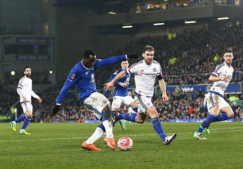 Lukaku nhấn chìm mọi nỗ lực của Chelsea