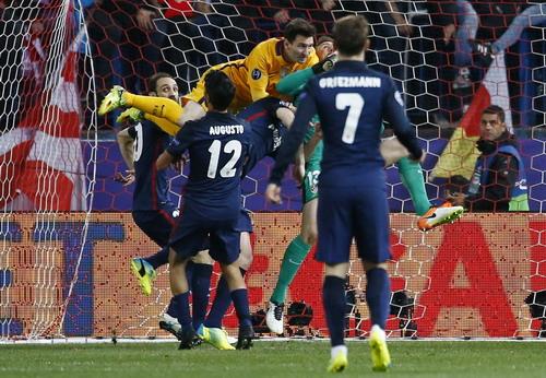 Messi tiếp tục gặp khó khăn trong lối chơi với Barcelona