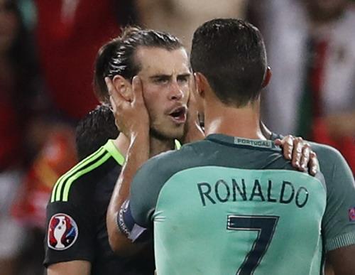 Hai đồng đội ở Real Madrid chia sẻ cảm xúc sau trận đấu