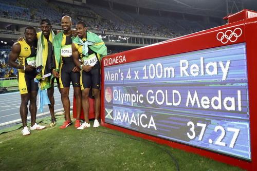 Tuyển Jamaica giành HCV cự ly tiếp sức 4x100 m ba kỳ Olympic