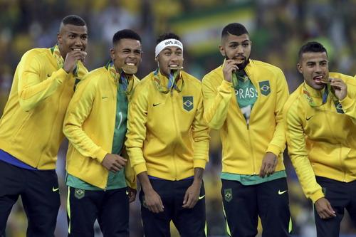 Neymar đưa Olympic Brazil đến tấm HCV được chờ đợi