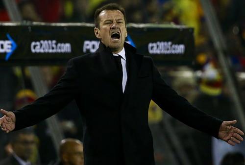 HLV Dunga chưa tạo được diện mạo tươi tắn hơn cho tuyển Brazil