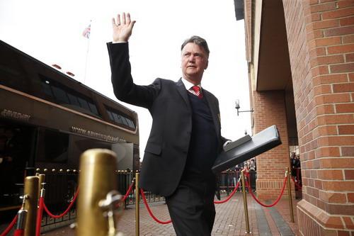 Van Gaal có thể sẽ lỡ màn đại chiến với Arsenal