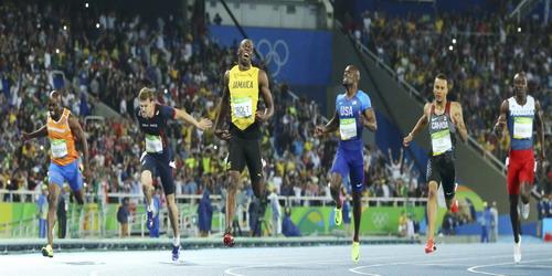 Chung kết cự ly 200 m được chờ đợi