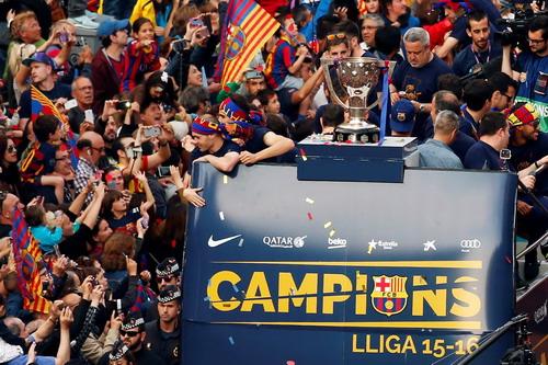 Chiếc cúp vô địch La Liga thứ 24 trong lịch sử của Barcelona