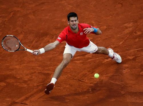 Djokovic ngày càng hoàn thiện kỹ năng đánh sân đất, chuẩn bi chinh phục Roland Garros