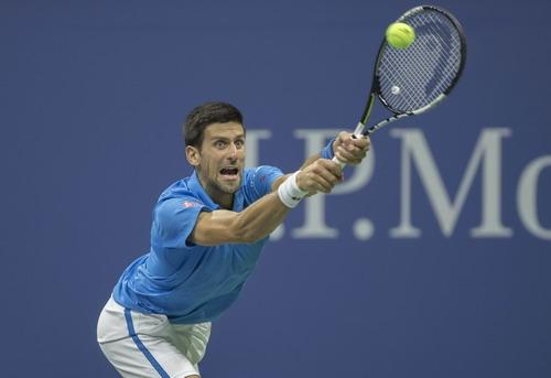 Đương kim vô địch Djokovic vượt lên dẫn ván đầu tiên