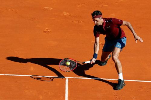 Federer khởi đầu suôn sẻ tại Monte Carlo