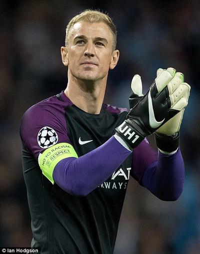 Thủ môn Man City và tuyển Anh rất được lòng người hâm mộ