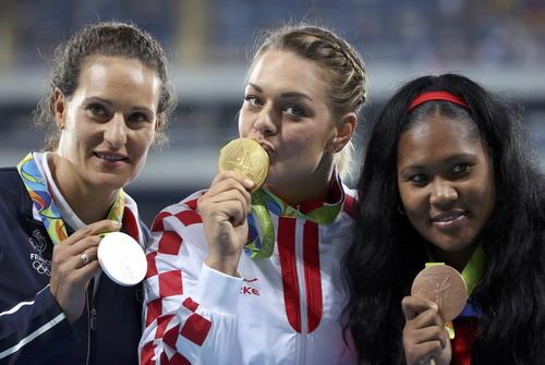 Sandra là VĐV nữ Croatia đầu tiên giành HCV tại Rio 2016