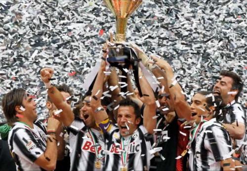 Juventus mùa bóng 2011-2012