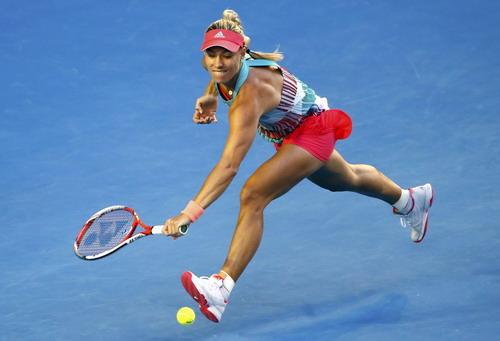 Kerber chơi ăn miếng trả miếng, gây khó cho Serena cả trận