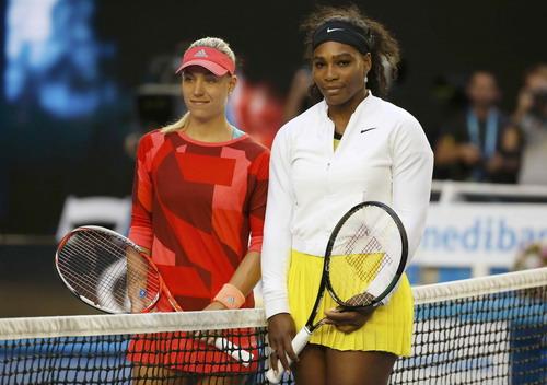 Kerber (trái) lần đầu dự chung kết Grand Slam còn Serena dự lần thứ 26