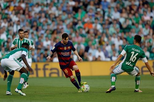 Lionel Messi vẫn là linh hồn trong lối chơi của Barca
