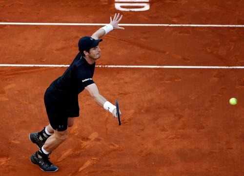Andy Murray vượt qua lão tướng Stepanek