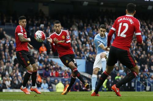 Man City khởi đầu rất tốt trước Quỷ đỏ