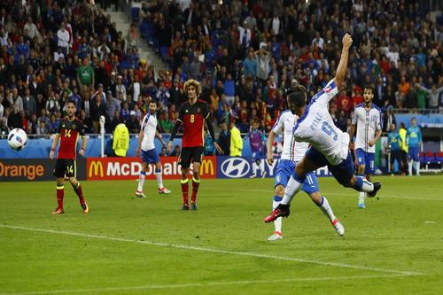 Pelle ghi bàn phút 90+3, ấn định chiến thắng cho tuyển Ý