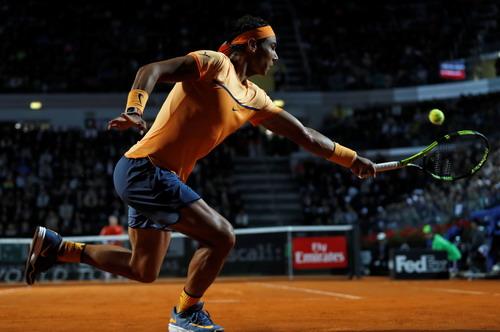 Bản lĩnh giúp Nadal vượt qua thách thức đầu tiên