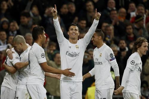 Ronaldo tỏa sáng, đưa Real Madrid vào tứ kết