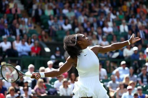 Serena tự tin chờ đối đầu Vesnina, hướng tới trận chung kết toàn Williams