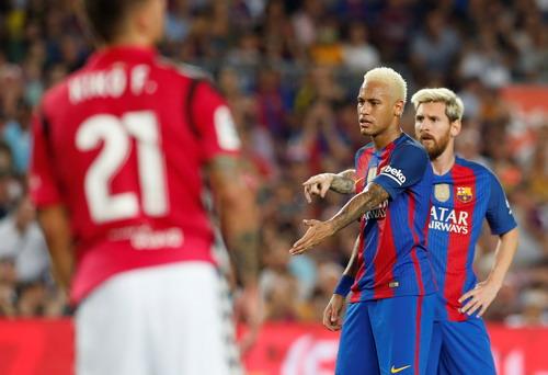 Dàn sao Barcelona gây thất vọng ngày trở lại