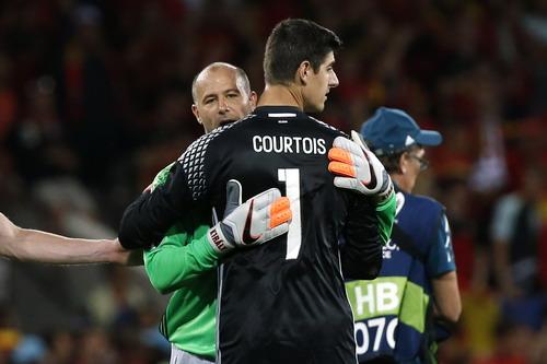 Gabor Kiraly và tuyển Hungary chia tay Euro 2016