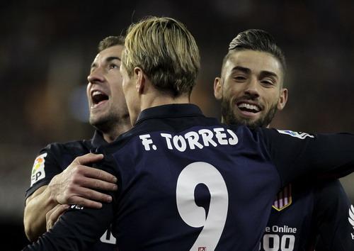 Torres trở lại, Atletico nhiều hy vọng tranh ngôi á quân