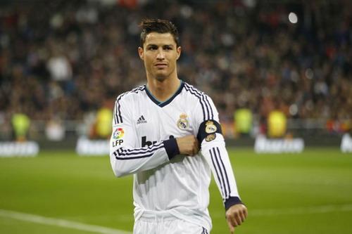Ronaldo từng đeo băng thủ quân Real Madrid nhưng vai trò không chính thức