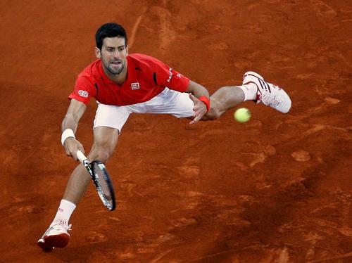Djokovic gặp rất nhiều khó khăn trước kình địch Nishikori