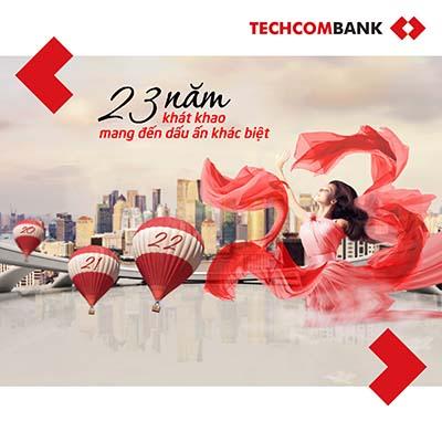"""Khách hàng Techcombank có cơ hội nhận phụ kiện thời trangt sang trọng, thiết kế độc quyền khi tham gia chương trình """"23 năm khát khao mang lại dấu ấn khác biệt"""""""