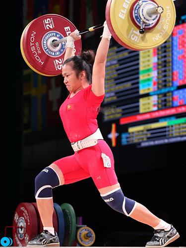Nữ lực sĩ Vương Thị Huyền tràn trề cơ hội lần đầu dự OlympicẢnh: Đông Linh