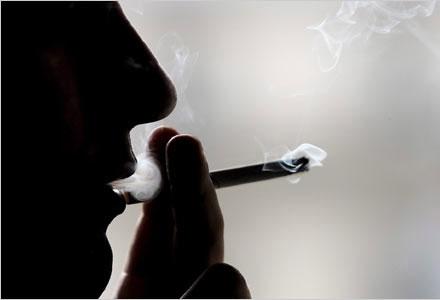 Bị sa thải vì hút thuốc lá