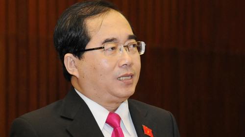 Đại biểu Hoàng Hữu Phước phát biểu tại một kỳ họp Quốc hội