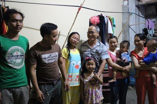 Nhà trọ của ông Đỗ Xuân Tài (phường Tam Bình, quận Thủ Đức, TP HCM) bán điện, nước sinh hoạt đúng giá cho công nhân ở trọ
