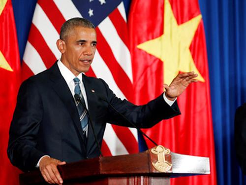 Tổng thống Obama nói: Xin chào tại buổi họp báo - Ảnh: Reuters
