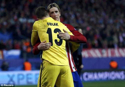 Atletico Madrid vui mừng vào tứ kết Champions League